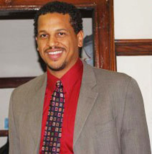Blaine Elementary School principal Troy LaRaviere was selected by the Blaine Local School Council to be principal in 2011, a few months before Rahm Emanuel was inaugurated. Prior to becoming principal at Blaine, he taught at Social Justice High School and served as an assistant principal at Johnson