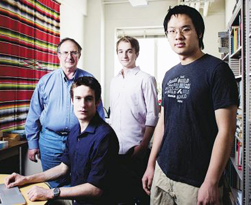 MIT's Les Perelman (left) with students. Perelman invented BABEL to