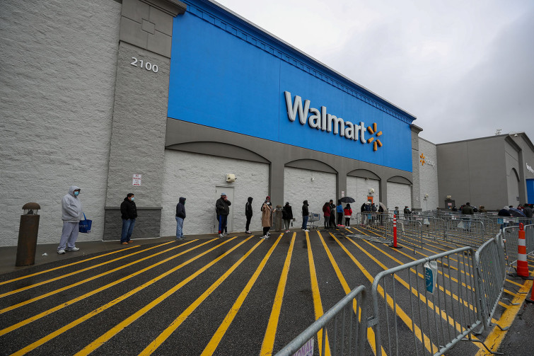 WORKERS AT WALMART AND SEVERAL OTHER MAJOR RETAILERS HAVE HELPED LEAD THE CHARGE WITH LABOR ACTIONS AGAINST THEIR EMPLOYERS TO PROTEST WORKING CONDITIONS AND PAY DURING THE PANDEMIC. PHOTO: TAYFUN COSKUN/ANADOLU AGENCY VIA GETTY IMAGES